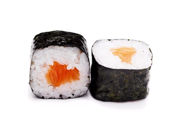 Slightly salted salmon hosomaki N/A