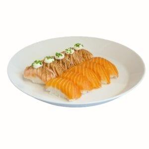 Salmon nigiri plate